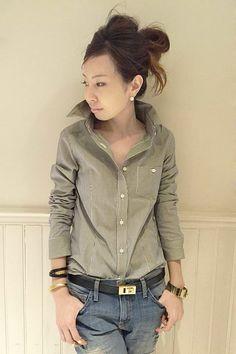 今、買い足すべきはカーキシャツ!春のトレンド先取りコーデ特集♡のサムネイル画像