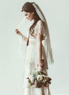 人生最良の日にはアンティークウェディングドレスがおすすめのサムネイル画像