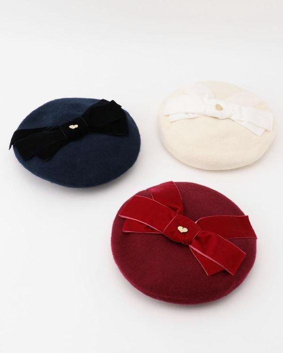 コーデのポイントに使えるベレー帽!激安のアイテムをご紹介のサムネイル画像