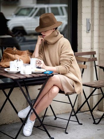 秋冬は、ワンピースでもっと可愛く!大人可愛いコーデ&着こなし術のサムネイル画像