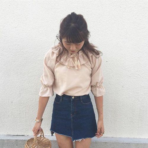 おしゃれ女子のマストアイテム♡【フリルブラウス】着まわしコーデのサムネイル画像