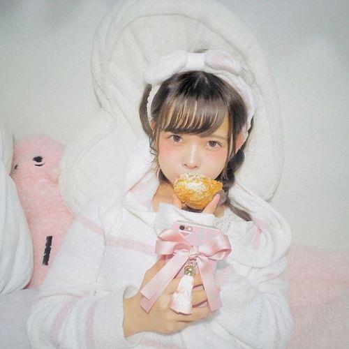 スマホケースだって衣替え♡ 最新【冬素材スマホケース】特集!のサムネイル画像