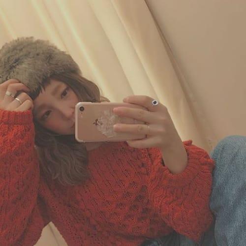 可愛いって言葉じゃ足りない!ふわふわの王冠【ファー帽子】を調査♡のサムネイル画像