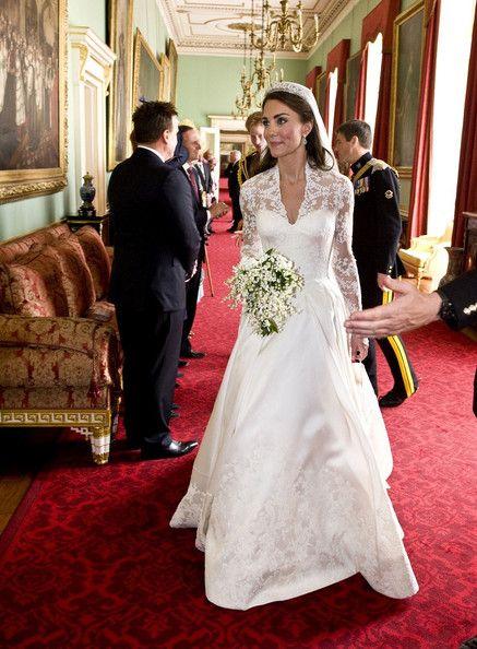 ウエディングドレスの数だけドラマが!素敵なウエディングドレス画像のサムネイル画像
