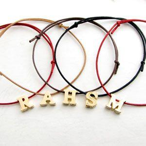 革紐のブレスレット♪自作から市販品まで♪可愛いがいっぱいです。のサムネイル画像