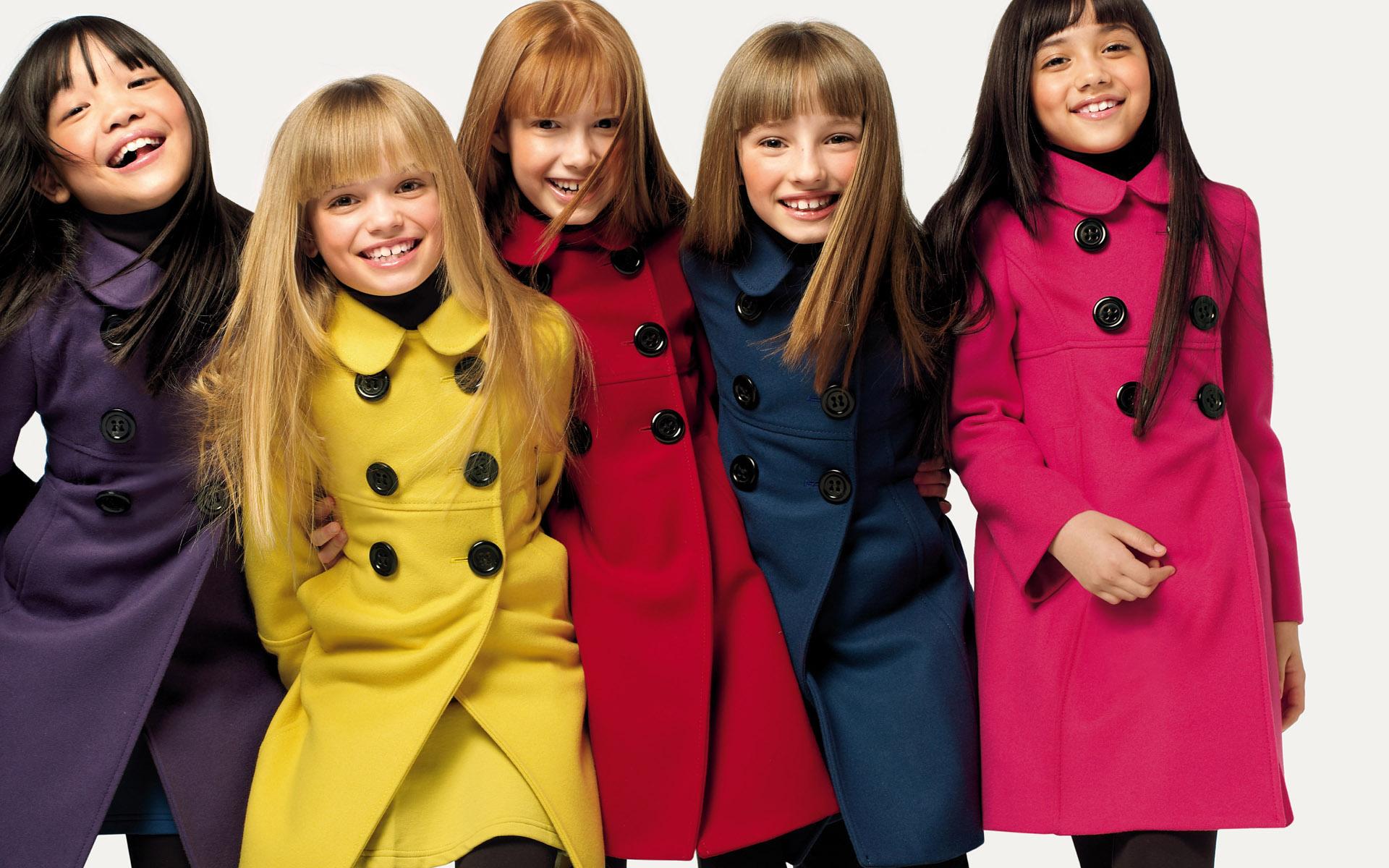 女の子向けの注目洋服ブランドや流行、ぜーんぶ教えちゃいます♡のサムネイル画像