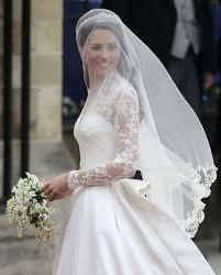一生に一度の結婚式!!【花嫁さん必見】似合うドレスが知りたい!!のサムネイル画像