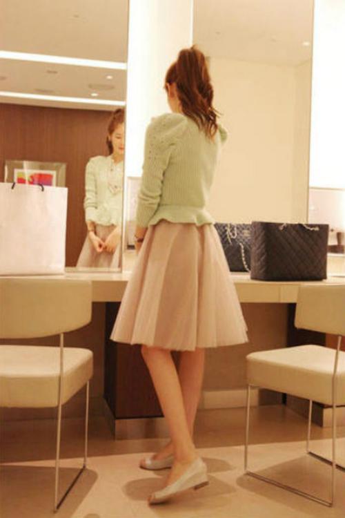 ひざ丈スカートの基準からひざ丈スカートのコーデまで大特集!のサムネイル画像