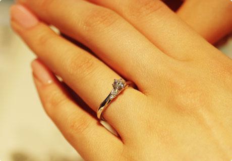 毎日つけている指輪!どうして汚れるの?磨き方ってあるの?のサムネイル画像