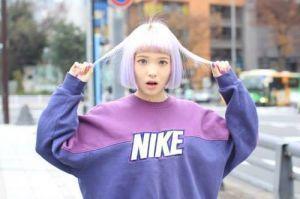 流行スタイル♡有名スポーツブランドのパーカーが使える!!のサムネイル画像