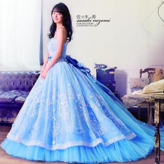 お色直しのウェディングドレスには人気のカラードレスがおすすめ!のサムネイル