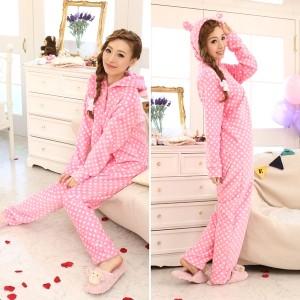 キャラクターものが多くて可愛い!つなぎのパジャマまとめ!のサムネイル画像