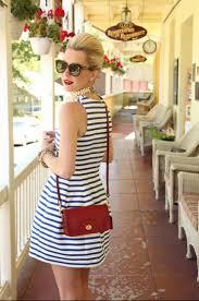 コーデにおすすめ!20代女性に人気のポシェットブランドの紹介のサムネイル画像