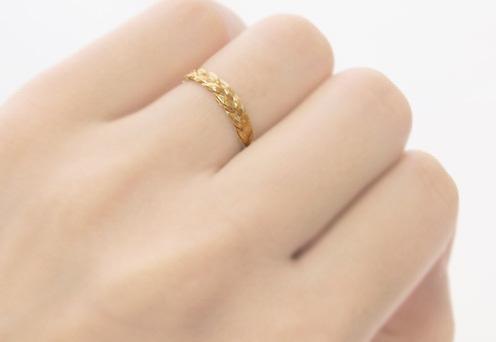 薬指の指輪にはどんな意味がある?右手と左手それぞれの意味とは?のサムネイル画像
