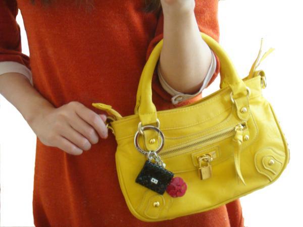 バッグも可愛くしよう!可愛いバッグアクセサリーもたくさんのサムネイル画像