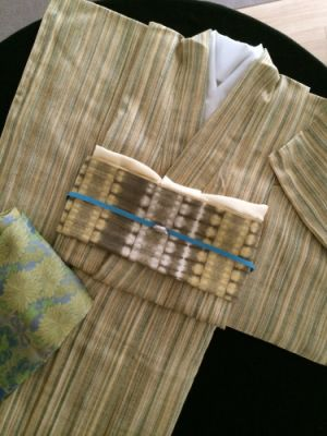 【ご覧あれ】単衣の着物で差をつけろ!春から秋を装うコーデ参考集のサムネイル画像
