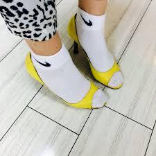 靴下をファッションに取り入れて足元のオシャレを楽しもう☆のサムネイル画像