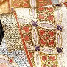 【留袖や訪問着などにピッタリの袋帯】豪華で美しい袋帯をご紹介!のサムネイル画像