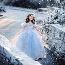我が子を素敵に大変身させる可愛い子ども用ドレスの魅力を徹底解説!のサムネイル画像