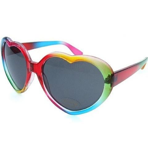 ハートの形のかわいいサングラスとその選び方をご紹介します!のサムネイル画像