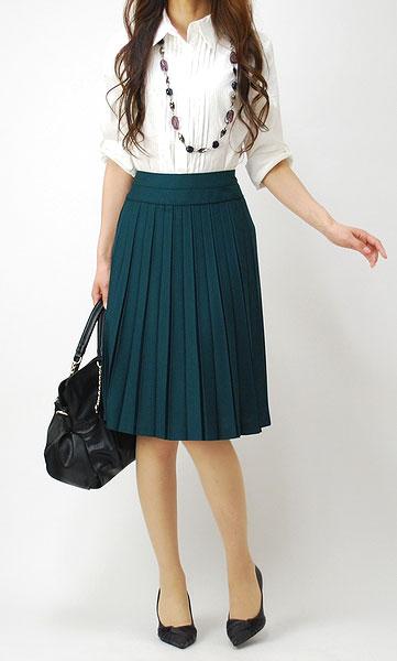 《必見》プリーツスカートで大人可愛いコーデをしてみませんか?のサムネイル画像