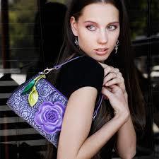 革製のレディース鞄をご紹介!エレガントな大人の女性にピッタリ!のサムネイル画像