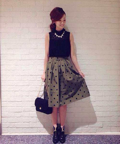 膝丈スカートでなりたいスタイルに♡大人可愛い!オシャレなコーデ術のサムネイル画像