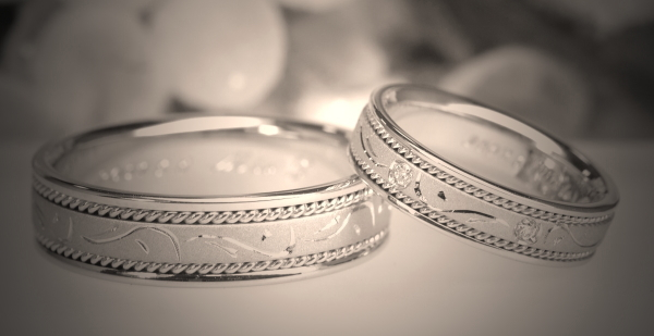 結婚指輪(マリッジリング)の画像集で永遠の憧れを手に入れる!のサムネイル画像