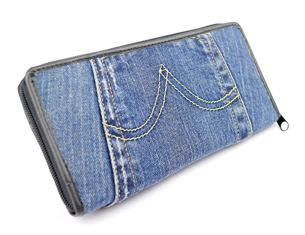 魅力満点☆男女におすすめNO.1☆デニム財布をチェックしよう!!のサムネイル画像