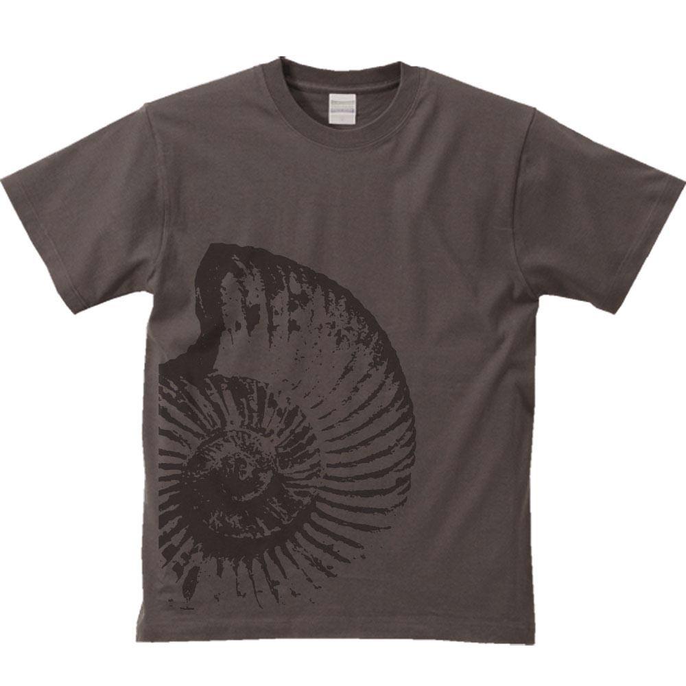 様々なデザインがある半袖のtシャツ☆人気のtシャツのデザインは?のサムネイル画像