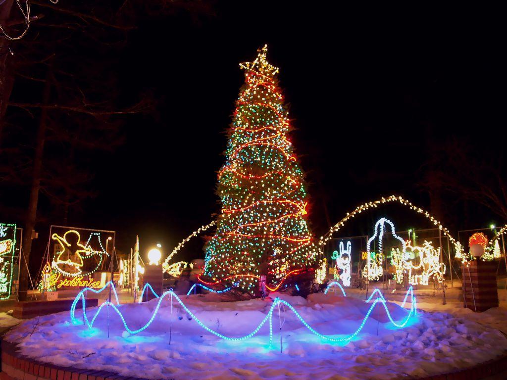 年に一度のクリスマス おしゃれな服装で クリスマスを楽しもう