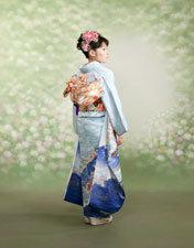 着物が似合う人はとても素敵♡おしゃれな着物後ろ姿の画像をご紹介☆のサムネイル画像
