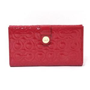 赤色は縁起がいい色って本当?赤色の財布で運気をアップさせよう☆のサムネイル画像