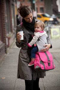 便利なだけじゃない!おしゃれな斜めがけマザーズバッグを紹介♡のサムネイル画像