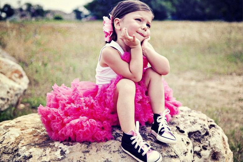 私に似合うドレスの色は何色!?選び方のコツを探ってみよう!!のサムネイル画像