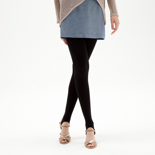 トレンカを使ったコーデをご紹介!季節問わず履けるのが嬉しいのサムネイル画像
