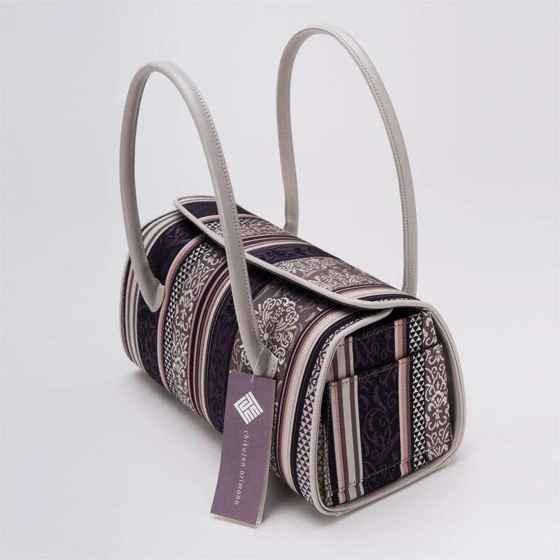 ファッションの一つのバッグもおしゃれに持ちたい☆人気のバッグは?のサムネイル画像