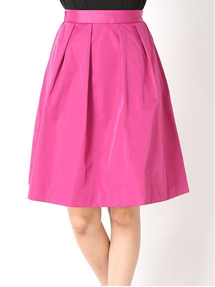 ピンクの可愛いスカートを履いてモテコーデに大変身しちゃお♡のサムネイル画像