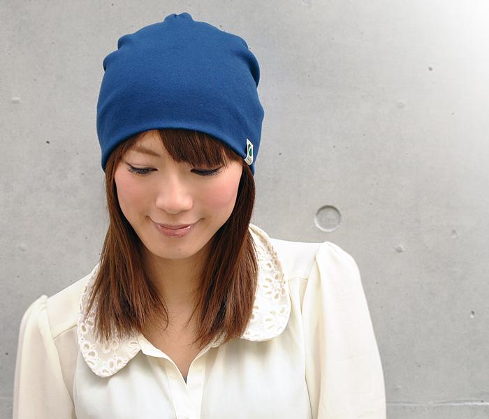 暑い夏こそ、おすすめのニット帽でおしゃれにコーディネートしようのサムネイル画像