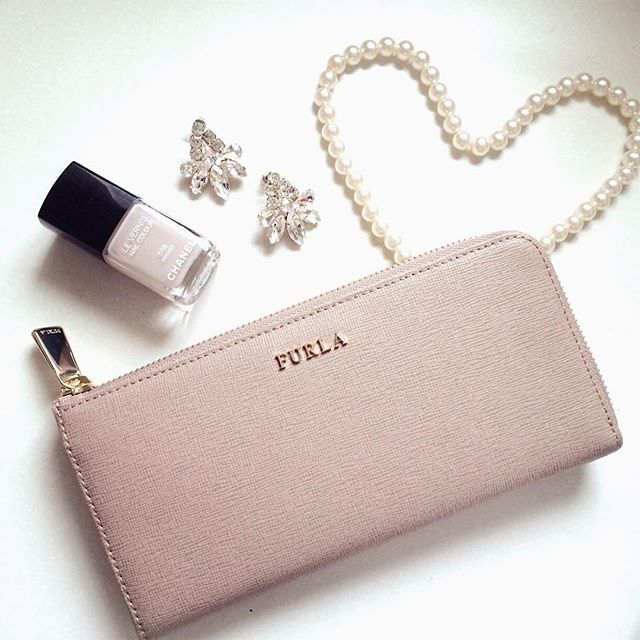 新しい財布で新生活をスタート!おしゃれカワイイ長財布まとめのサムネイル画像