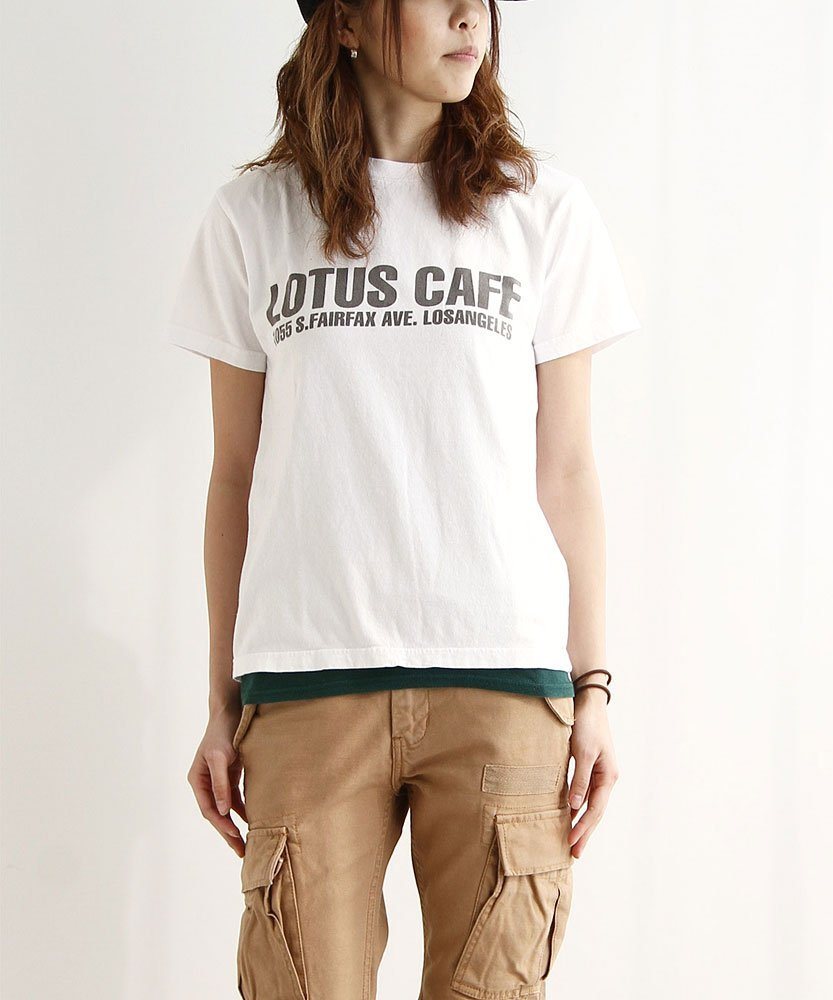 おしゃれ女子がこぞって取り入れている、ユニクロ無地Tシャツのサムネイル画像