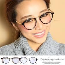 メガネはお洒落さん必須アイテム!メガネ女子コーデポイント♪のサムネイル画像