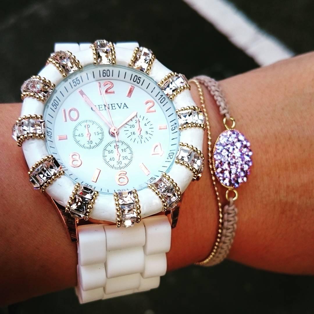 【看護師さん必見】看護師でもオシャレな時計で仕事したい!のサムネイル画像