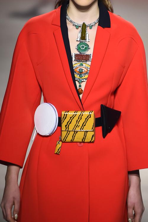 2016年春夏トレンドデザインのおしゃれなレザー ウエストバッグ!のサムネイル画像