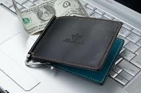 財布型マネークリップをご紹介!カードや小銭と一緒に収納できる!のサムネイル画像