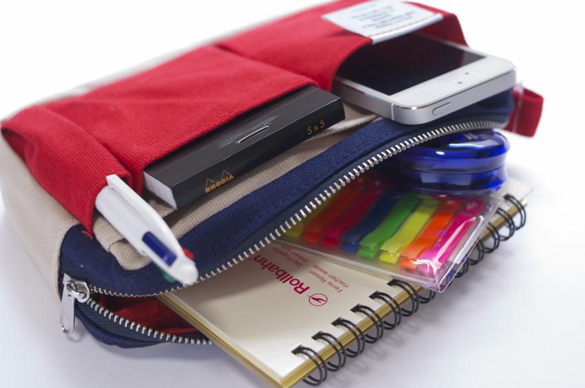 もう鞄の中で迷子にならない!賢く便利整頓上手なインナーバックのサムネイル画像