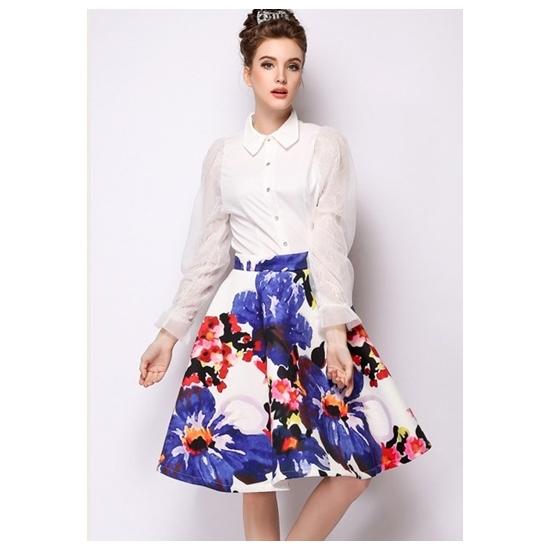 春の色使いがポイント!フレアスカートで春満開な着こなしに♡のサムネイル画像