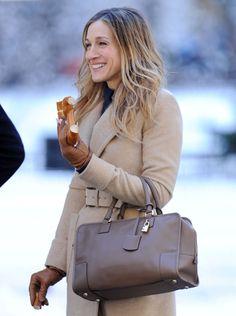 40代の女性だからこそこだわりたい。満足のいく大人の素敵なバッグのサムネイル画像