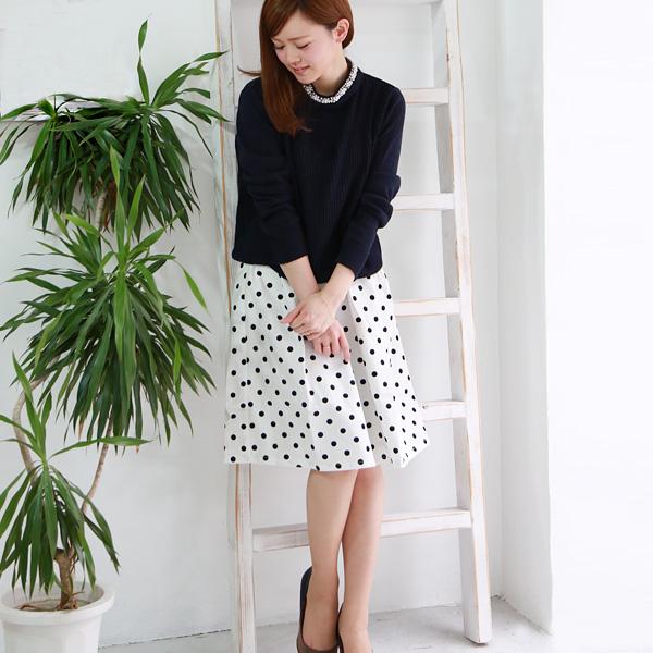 ドット柄のスカートが可愛い♡ドット柄スカートコーデを紹介!のサムネイル画像
