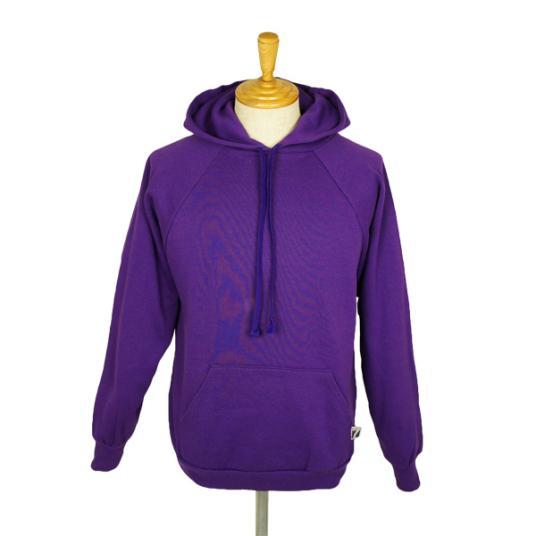 とっても着やすく暖かいパーカー!紫色のパーカーを集めてみました☆のサムネイル画像